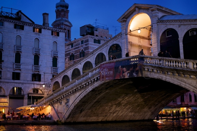 Rialto-Bridge-at-Night-Venice-Italy